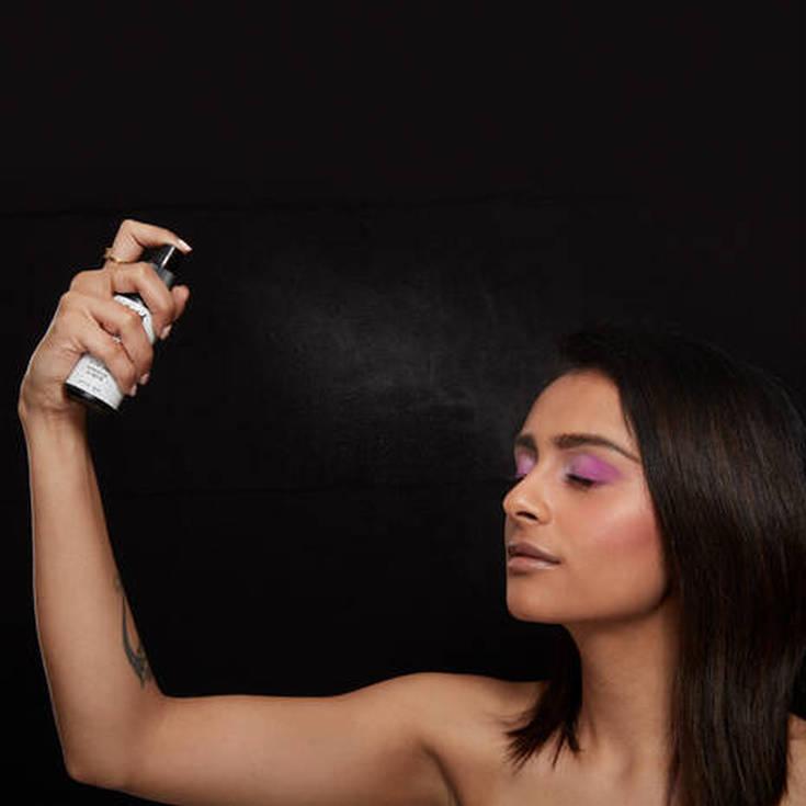 nyx makeup setting dewy fijador maquillaje spray