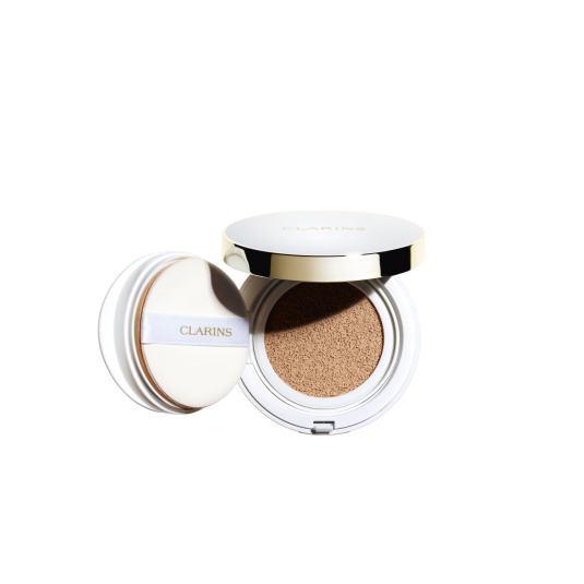 clarins everlasting cushion base de maquillaje spf50