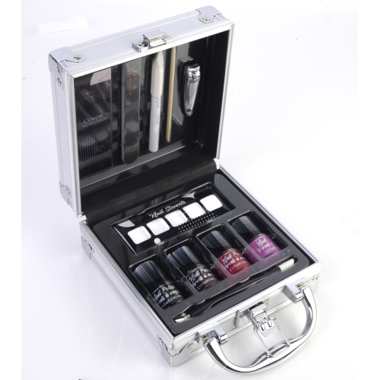markwins the perfect matelin metalico kit manicura