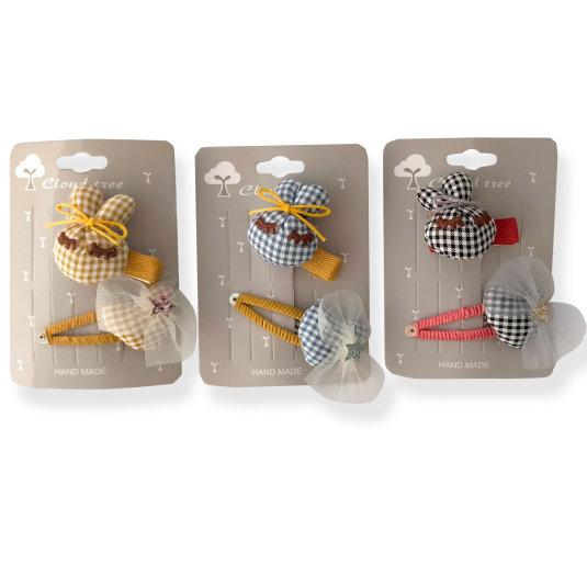 set 1 clip cabeza conejito + 1 horquilla corazon en tela